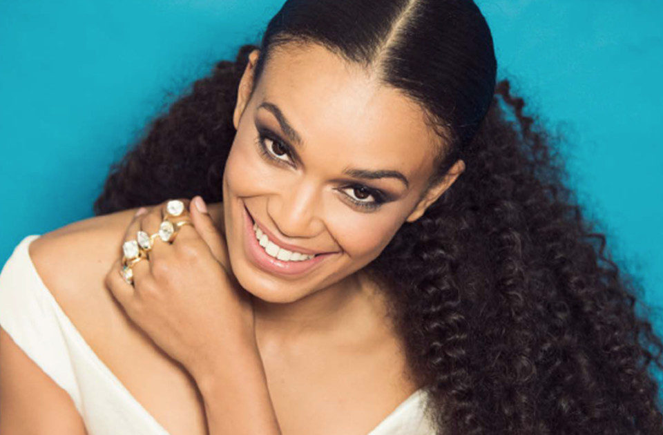 Booking Pearl Thusi